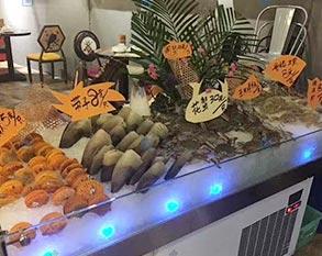 超市海鲜生鲜冰台展示柜